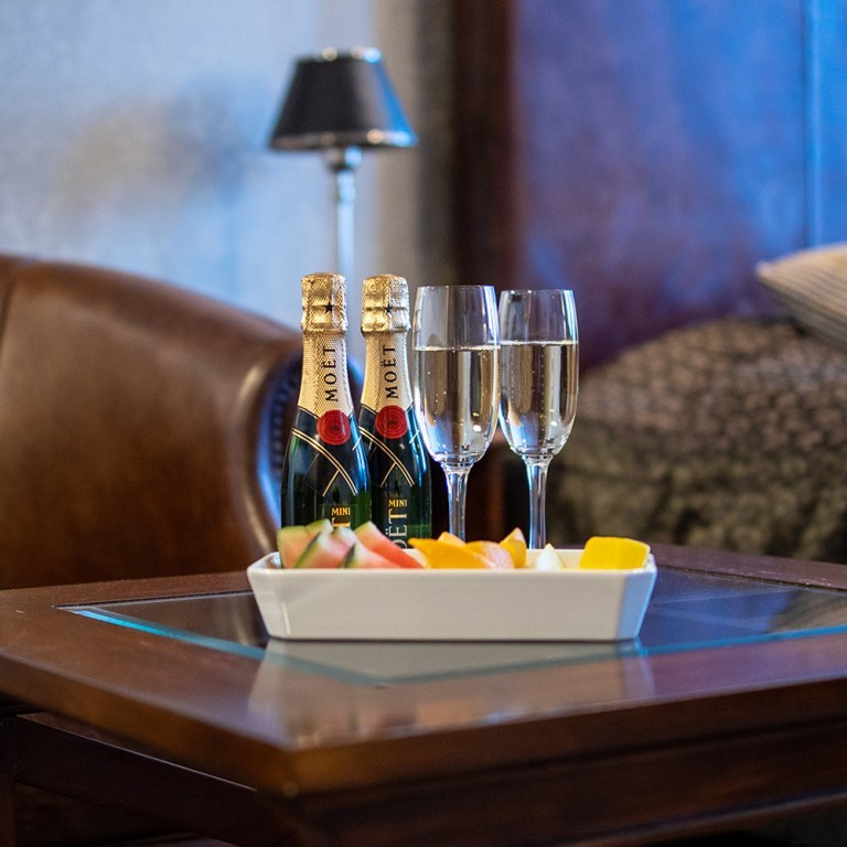 kallan-champagne-detalj